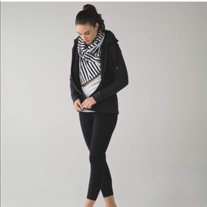 Lululemon vinaysa multi-wear scarf and wrap